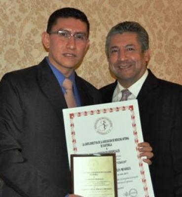 Premio al mejor medico residente de post grados en guatemala